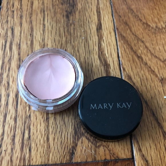 Mary Kay Other - Mary Kay Creme Eye Color - Pale Blush